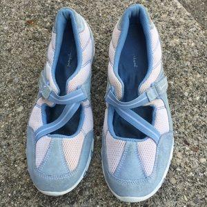 Champion Slip On Flats Sneakers CrissCross Siz 8.5